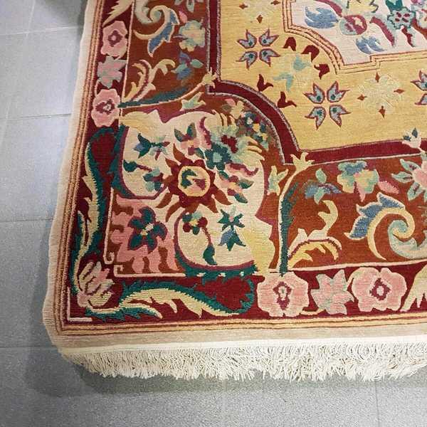 4259 domicil sensa teppich nepal shoba gernoth rot gelb medaillon muster neuseelandwolle handgeknuepft muenster